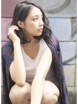 福岡のアナウンサー系美人と「豊満なDカップと長い脚が抜群でした」
