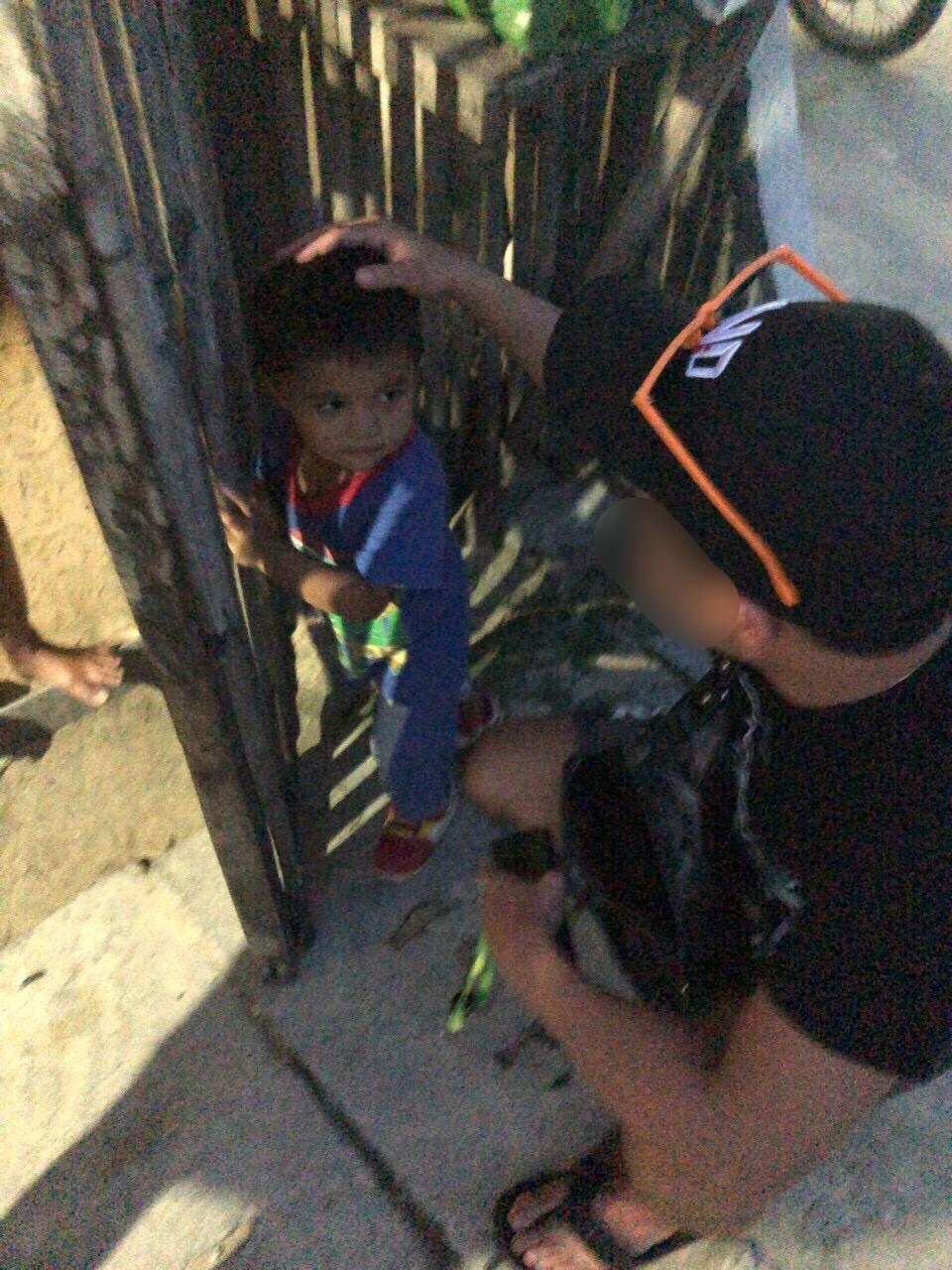 恋達とフィリピンの子供
